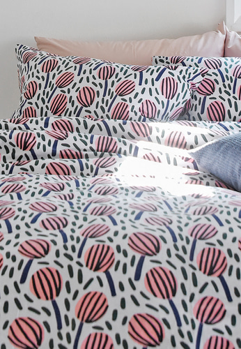 Bedding Set Tulipa by Jennifer Bouron